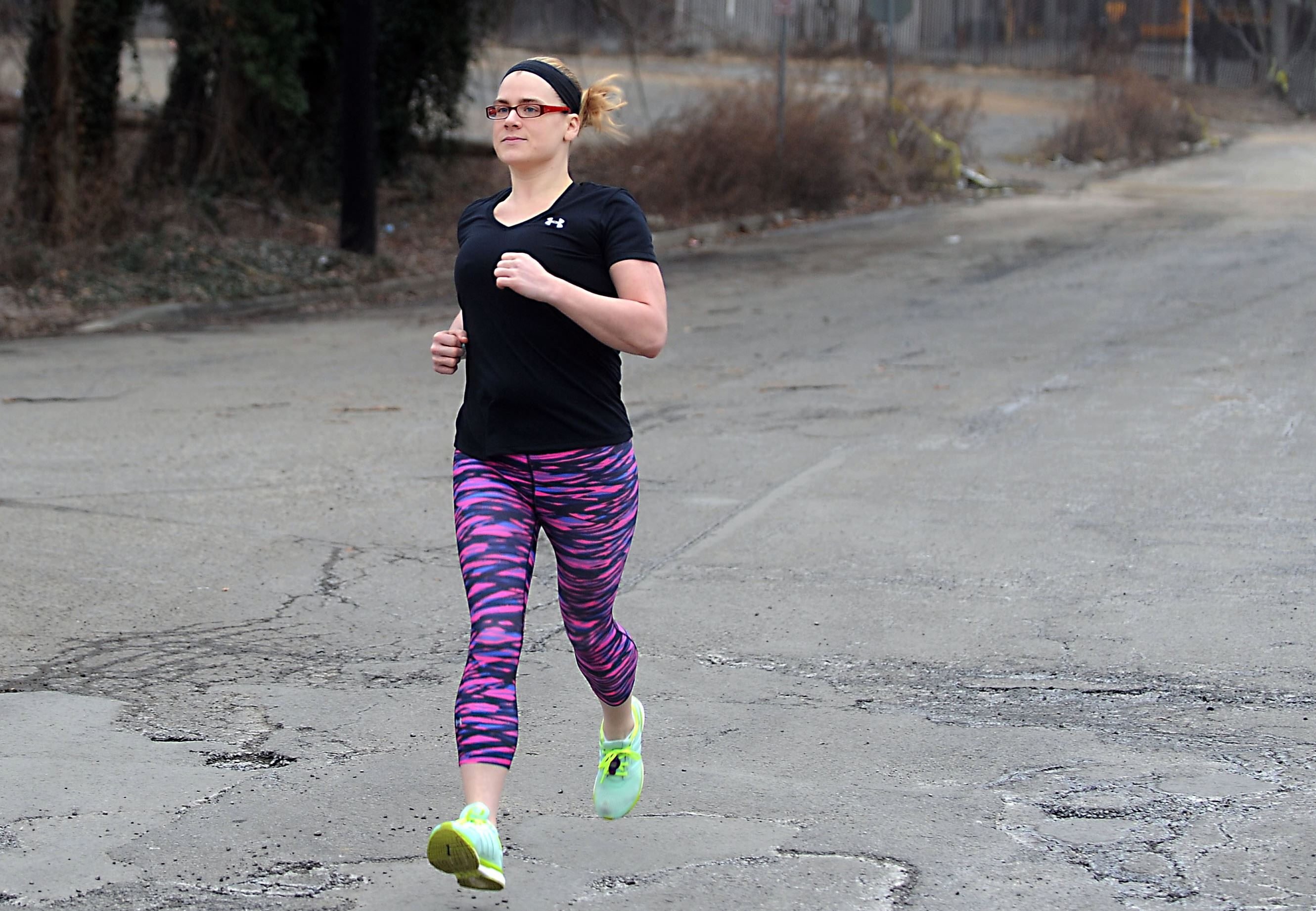 After family members' suicides, woman heals her emotional wounds through running