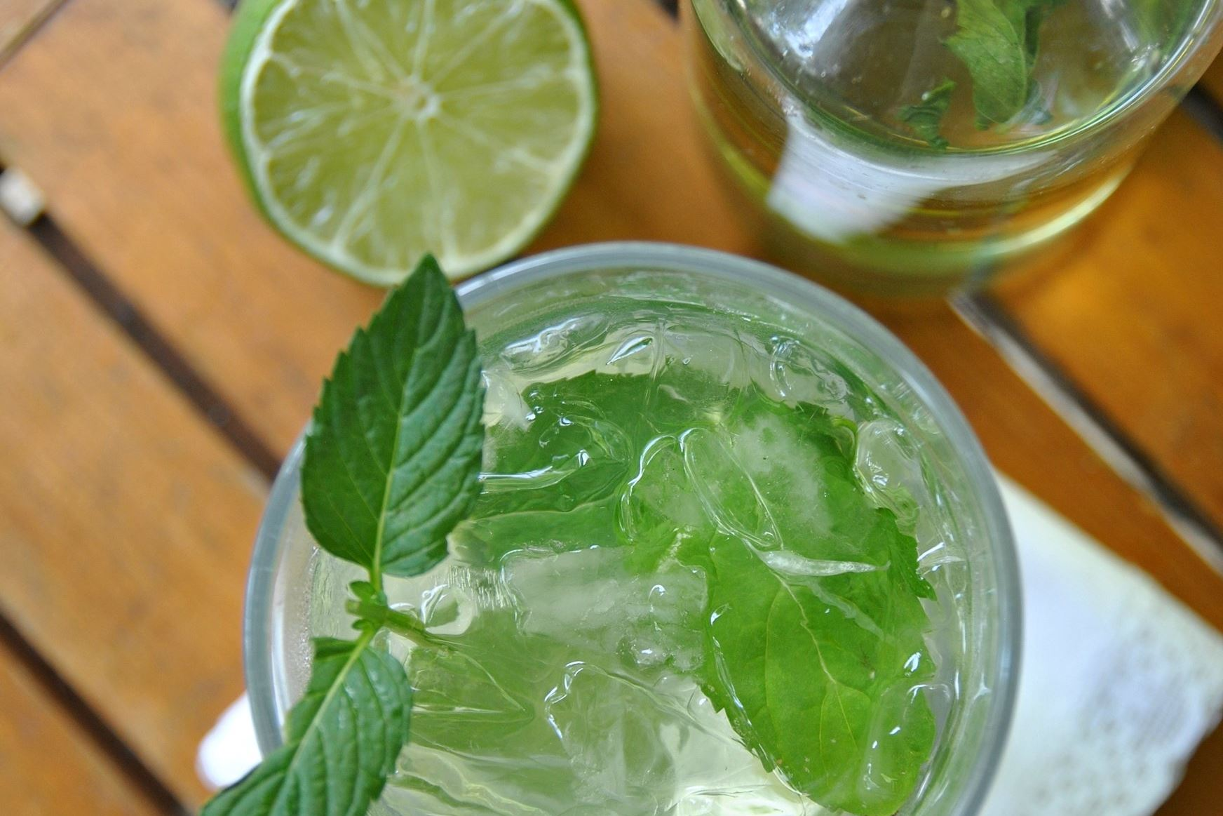 Refreshing cocktails for summer